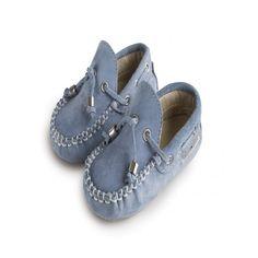 Βαπτιστικά παπούτσια Babywalker μοκασίνι από δέρμα suede σε σιέλ απόχρωση, Βρεφικά παπούτσια αγόρι, Παπούτσια βάπτισης αγοριού τιμές, Παιδικά παπουτσάκια οικονομικά, Παπούτσια μωρού αγοράκι Babywalker eshop Baby Shoes, Loafers, Clothes, Products, Fashion, Travel Shoes, Outfits, Moda, Clothing