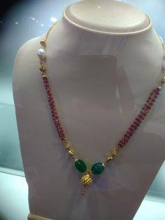 Sets Gold Earrings Designs, Beaded Jewelry Designs, Gold Jewellery Design, Bead Jewellery, Necklace Designs, Pendant Jewelry, Small Necklace, Ruby Necklace, Ruby Jewelry