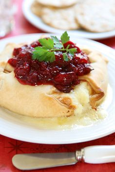 Easy Thanksgiving Appetizers - Baked Brie with Cranberry Chutney