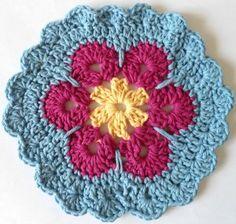 Garden Bloom Crochet Dishcloth--free pdf pattern