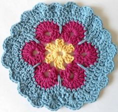 Garden Bloom Dishcloth free crochet pattern