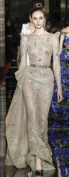 Golden Age of Hollywood, 2.0. I'd wear it. Spring 2017 Couture, Zuhair Murad. If actress Joan Crawford were in her film prime today, I could see her wearing this gown.