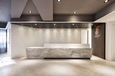 Reception Counter Design, Hotel Reception Desk, Clinic Design, Healthcare Design, Lobby Interior, Interior Architecture, Office Ceiling, Luxury Office, Dental Office Design