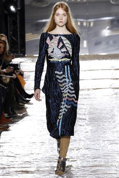 See the complete Peter Pilotto Fall 2016 Ready-to-Wear collection.