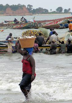 Unloading the fishing boats in Tanji, The Gambia (@Brimstone Dreams)