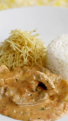 Beef stroganoff will make the whole family happy! Healthy Dinner Recipes, Vegetarian Recipes, Cooking Recipes, Cooking Beef, Basic Cooking, Cooking Ingredients, Cooking Games, Easy Family Dinners, Easy Meals