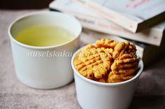 Biscuits, Cereal, Menu, Cookies, Breakfast, Food, Crack Crackers, Menu Board Design, Crack Crackers