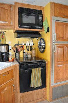 cool 99 RV Organization and Storage Hacks You'll Actually Want to Try http://www.99architecture.com/2017/05/29/99-rv-organization-storage-hacks-youll-actually-want-try/