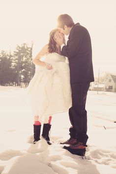A beautiful Minnesota couple! #minnepolisweddingphotographer #winterwedding #minnesotawedding