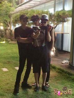 SBS Roommate| Chanyeol, Dongwook, and Minwoo crashing Seho and Nana's movie date!