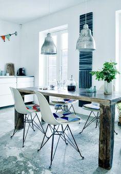 Hermosa mesa de comedor de madera reciclada rustica