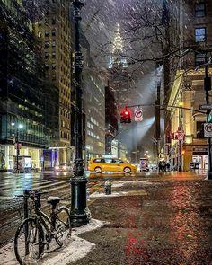 Upstate New York – Enjoy the Great Outdoors! Empire State Building, Upstate New York, Brooklyn Bridge, Christophe Jacrot, Appartement New York, New York City, 42nd Street, Manhattan Nyc, Ellis Island