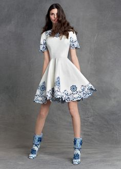 The Dolce&Gabbana Pre-Fall 2015 blue and white ‪#‎DGMajolica‬ print is your ticket to instant summer glamour.