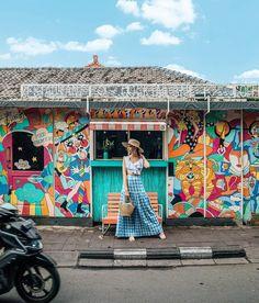 Poké run. Bali Honeymoon, Honeymoon Outfits, Travel Pose, Travel Photos, Tara Milk Tea, Bali Travel Guide, Backpacking Asia, Malaysia Travel, Political Art