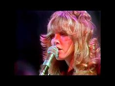 This Was Her Signature Song In 1976, But Wait Until She Hits Her Stride 2 Minutes In...