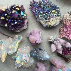 I just love multi-faceted & holographic things. The colors are like no other, just so mesmerizing