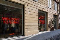 Esterno del negozio in via Cesare Battisti 16/18 Modena #SUN68lovesmodena #SUN68 #stores #modena Ph: Luca Casonato