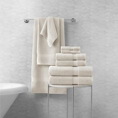 So soft you'll start looking for new reasons to shower. Lynova towels and washcloths perfectly balance ultra-softness with incredible absorbency. Made from 100% zero-twist cotton, Lynova bath towels are plush, absorbent and elegant. Bath Towel Sets, Bath Towels, Towel Display, Bathroom Towel Decor, Hotel Towels, Luxury Towels, Bath Sheets, Soft Towels, Luxury Bath