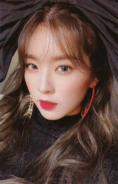Bae Joohyun is so beautiful Seulgi, Kpop Girl Groups, Korean Girl Groups, Kpop Girls, Red Velvet アイリーン, Red Velvet Irene, Velvet Cake, Daegu, Photo Cards