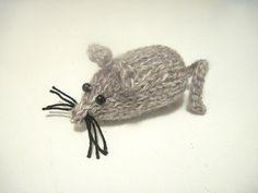 Piccolo topolino in lana melange lavorato a maglia - fatto a mano, by Margherita maglia bimbi, 4,90 € su misshobby.com