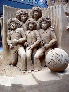 Une sélection des sculptures de sable de Susanne Ruseler, une artiste…