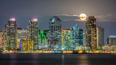 Full Moon in the City | Flickr - Photo Sharing!