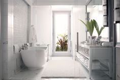 Master Bath, complete with an outdoor shower :: The Beverly Hills Hotel