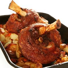 Oven roasted Pork Hocks - I added orange slices and it was delicious! Ham Hock Recipes, Roast Recipes, Cooking Recipes, Smoked Pork Hocks Recipe, Smoked Ham, Pickled Pork Hocks Recipe, Pork Shanks Recipe, Roasted Pork Shank Recipe, German Pork Shank Recipe