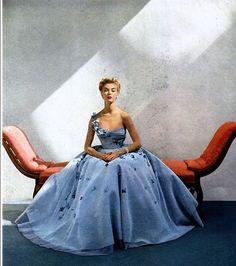 Jean Patchett in Philip Hulitar, 1952