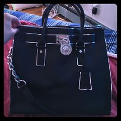 Michael Kors Hamilton Handbag Saffiano Leather, beautiful details, inside 5 component pockets, key holder, ICONIC PIECE Michael Kors Bags Shoulder Bags
