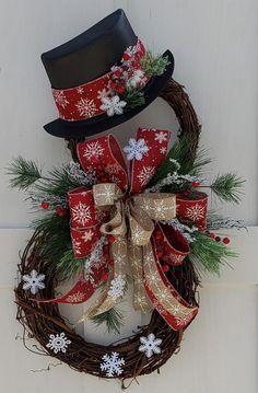 Christmas Crafts To Sell, Christmas Door, Rustic Christmas, Christmas Projects, Winter Christmas, Holiday Crafts, Christmas Holidays, Christmas Ornaments, Make A Christmas Wreath