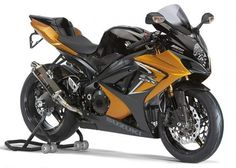 Top 10 Fastest Super Bikes of 2012 - http://www.men-know-why.com/top-10-fastest-super-bikes-of-2012/