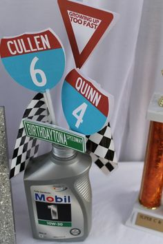 Boys' Cool Race Car Birthday Party Decor Ideas - The Motor Show Nascar Party, Race Party, Party Box, Hot Wheels Party, Hot Wheels Birthday, Race Car Birthday, 2nd Birthday, Motorcycle Birthday, Birthday Ideas