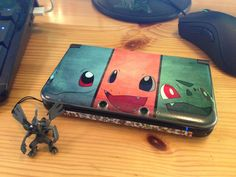 Custom 3DS XL Pokémon Skin by Arcanebear. 2013 | via Reddit (Made with Gelaskins)
