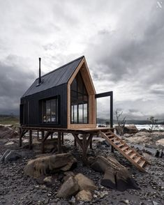 Tiny Cabins, Tiny House Cabin, Tiny House Design, Cabin Homes, Architecture Design, Sustainable Architecture, A Frame House, Cabins In The Woods, Cabana