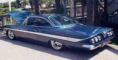 Chevrolet – One Stop Classic Car News & Tips 1961 Chevy Impala, Chevy Ss, Chevrolet Impala, Cool Old Cars, Chevy Muscle Cars, Us Cars, Amazing Cars, Awesome, Custom Cars