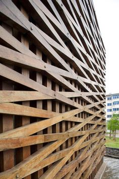 GORGEOUS - It provides movement and layers to the eye while remaining a simple modern design with earthy and hearty materials - Wall Candy Design & Architecture Detail Architecture, Amazing Architecture, Landscape Architecture, Interior Architecture, Landscape Design, Facade Design, Wall Design, Exterior Design, Timber Cladding