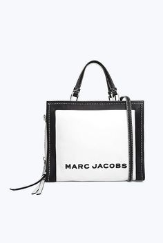 Marc Jacobs The Box Shopper Bag in Cotton Multi Marc Jacobs Handbag, Marc Jacobs Bag, Luxury Bags, Luxury Handbags, Handbags Online, Purses And Handbags, Shopper Bag, Tote Bag, Marc Jacobs Designer
