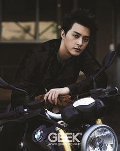 Kim Ji Hoon - Geek Magazine November Issue '14