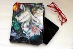 Bromeliad: Sponsored post: Make a DIY floral fine art clutch - Fashion and home decor DIY and inspiration