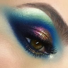 """2,115 Me gusta, 36 comentarios - Maria Lihacheva ApropoMakeup (@apropomakeup) en Instagram: """" for the  look from my advanced training course in Bucharest #apropomakeupacademy  using…"""""""