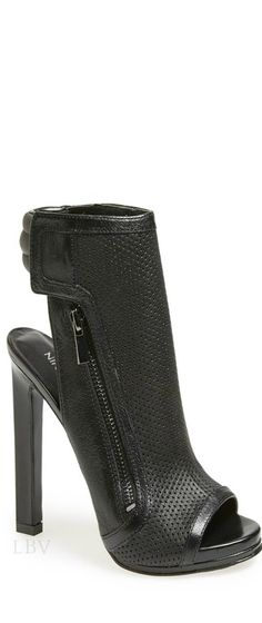 Tiptoe' Perforated Bootie | LBV S14 ♥✤