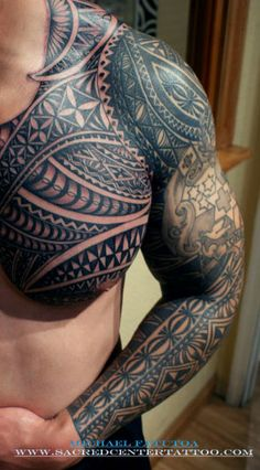 Mean Samoan sleeve (@Randyn Miller this would look so hot on you!).