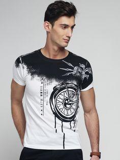 Camisa Polo, Shirt Refashion, T Shirt Diy, T Shirt Designs, Graphic Shirts, Printed Shirts, Cool T Shirts, Tee Shirts, T Shirt Custom