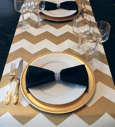 mint love social club: {simple bow tie table setting}
