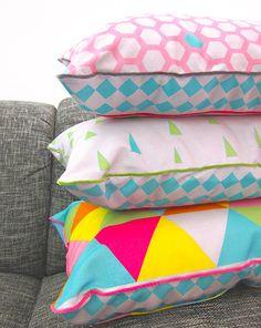 Bags to love: Geometric farbenmix Designstoff Kissen