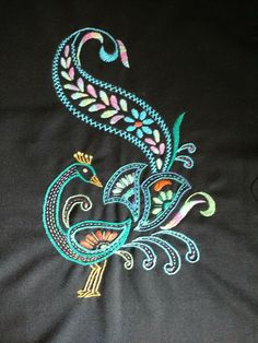Hand Embroidery Design Patterns, Bead Embroidery Tutorial, Bird Embroidery, Indian Embroidery, Brazilian Embroidery, Bird Patterns, Beaded Embroidery, Embroidery Stitches, Embroidery Dress