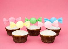 Cupcakes-with-candy-cupcake-toppers