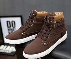 2018 NEW Arrivals men boots solid color man ankle boots fashion PU warm snow winter boots men shoes From Touchy Style Outfit Accessories. Mens Snow Boots, Mens Winter Boots, Men Boots, Winter Shoes For Men, Mens Fashion Shoes, Sneakers Fashion, Fashion Clothes, Womens Fashion, Male Fashion
