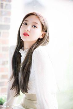 "Twice-Nayeon ""Feel Special"" promotion photoshoot by Naver x Dispatch Kpop Girl Groups, Korean Girl Groups, Kpop Girls, Bts K Pop, Tzuyu And Sana, Sana Cute, Twice Album, Sana Momo, Twice Once"